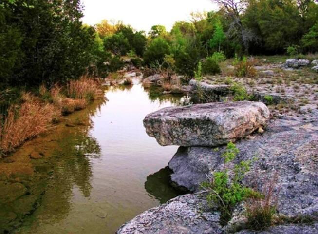 Dripping Springs Guidebook