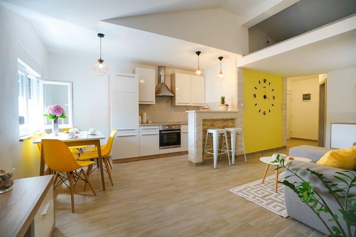 Apartman Aurora 2