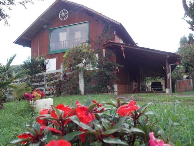 Chácara 10 -Piscina - São Bento do Sul
