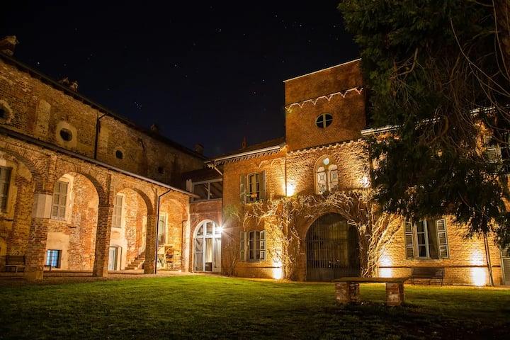 Intera Villa Storica di Charme con Piscina e Parco