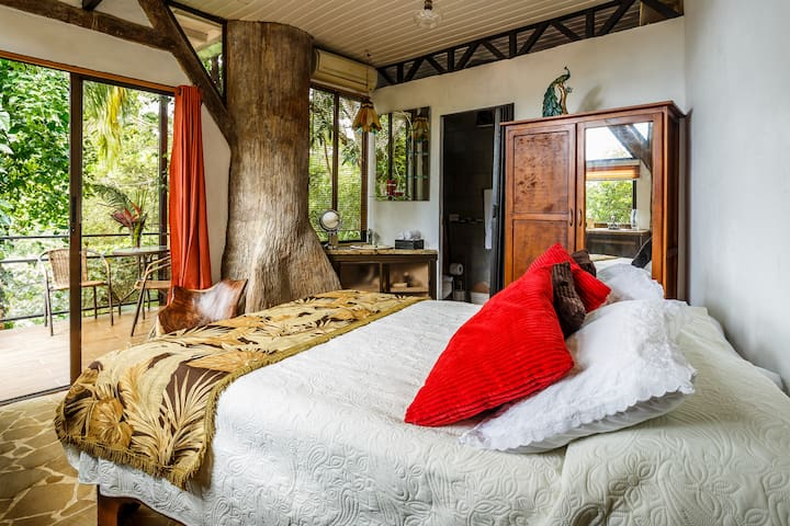 The Nature Nest Suite