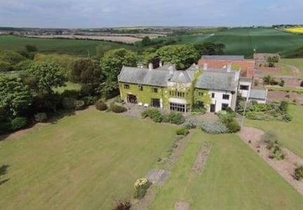 Highcliffe Manor, Flamborough  IDEAL FOR GROUPS