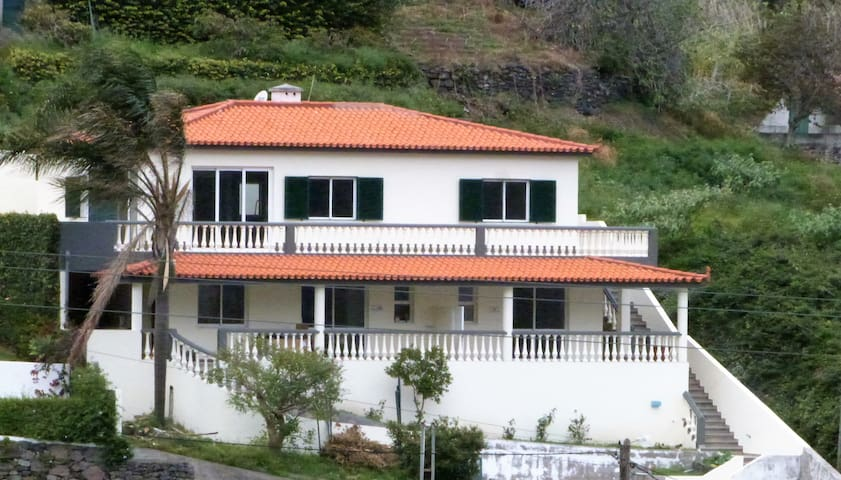 Vivenda Linda Vista - Porto da Cruz - Leilighet