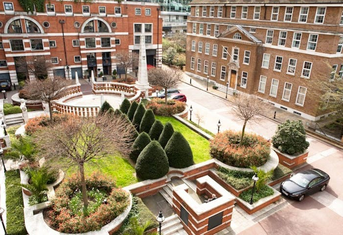 Up to 20% off! 5 Bed House with Roof Terrace - London - House