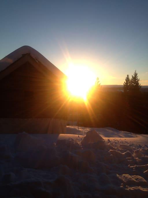 Sol morgen og kveld
