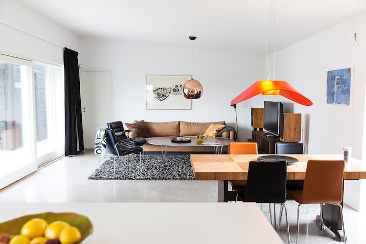 Hov architecture villa StayCay