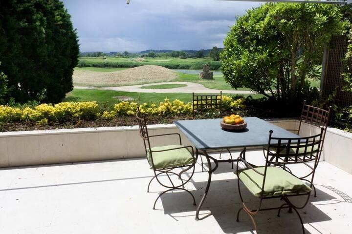 Bright apartment in Golf emporda, Costa Brava