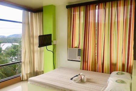 LCF - BB Hotel (Room L8)