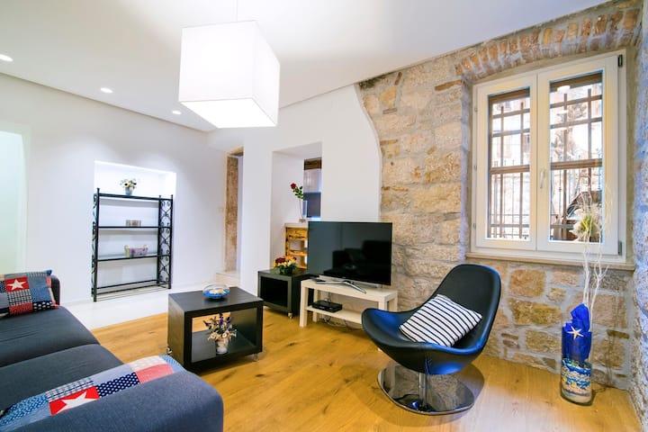 DANALU Appartamento con 2 Camere da Letto