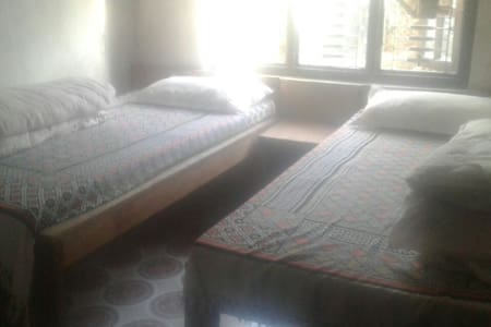 Private Family Hotel in Barpak