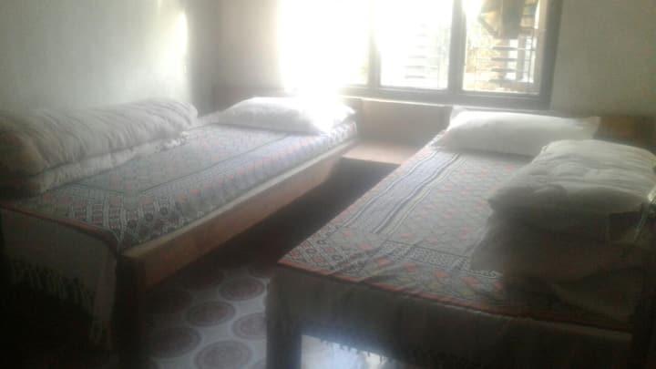 Private Family Hotel in Barpak