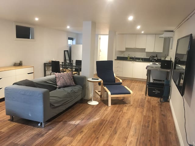 Large spacious and clean in the heart of downtown!