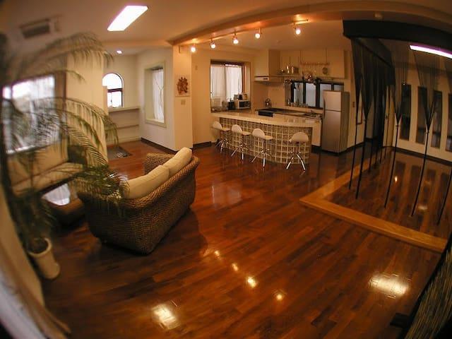 Private House MIYAGAWA 宮古島空港からお車で5分!一棟貸しコンドミニアムです。