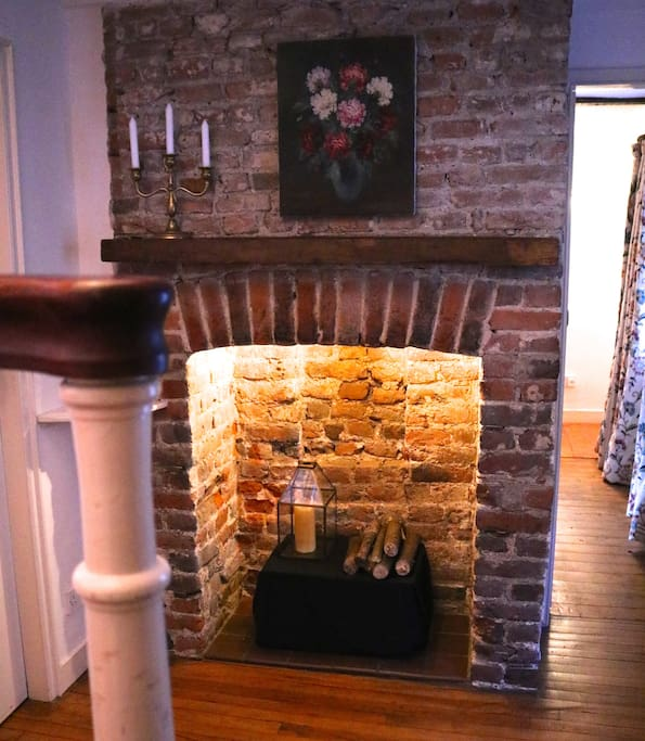 Entry way fireplace