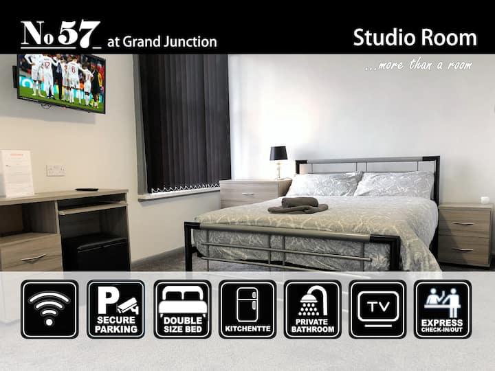 Studio Room 01 at No57 - Superior En-Suite Room