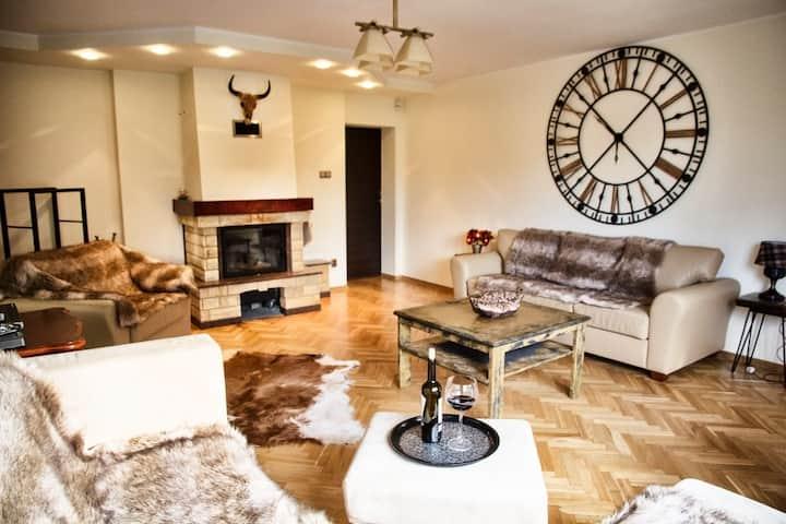 Apartament Pan Tadeusz (górny) z sauną Ustroń