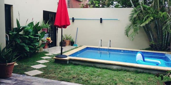 CASA AMORE,con piscina.