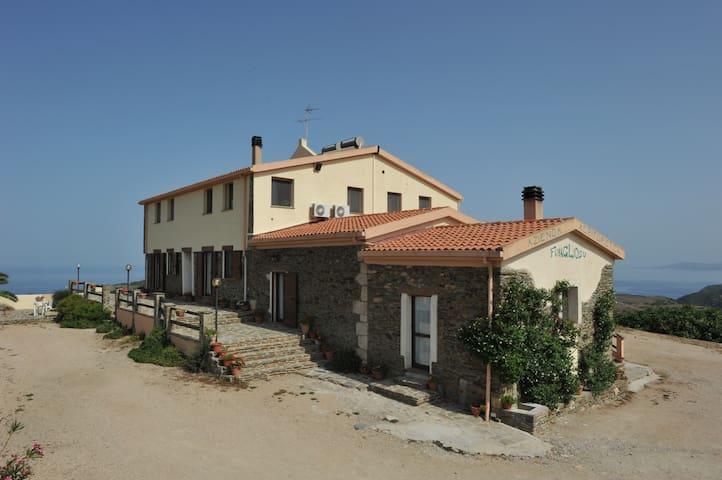 Sardegna con vista sul mare - Stintino - ที่พักพร้อมอาหารเช้า