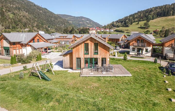 Holiday cottage with 4 bedrooms on 100m² in Murau