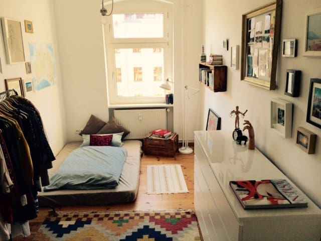 Bright room in one of Berlins best locations