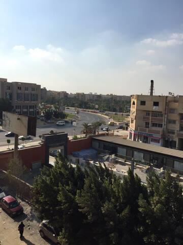 شقة ٢٥٠م روعة في قلب مصربجوار الهرم - 6th of October City - Apartment