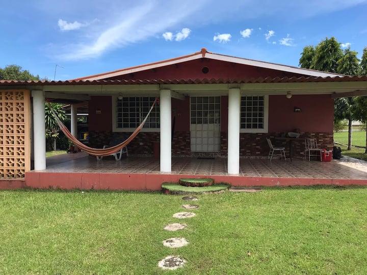 Acogedora casa estilo campestre, El Celaje Chame