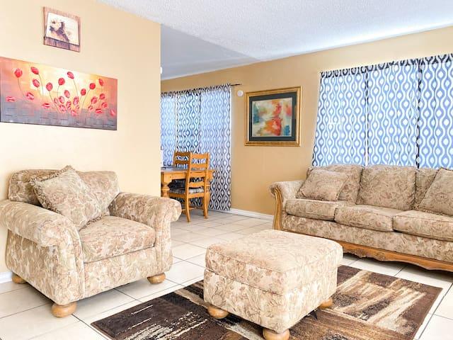 2 Bdrm apartment! Near DownTown! -1503RP