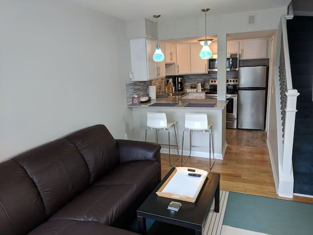Newly Renovated Kerrytown/Downtown Location (#7)