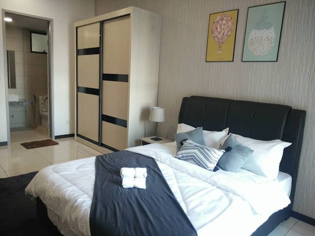 Love & Cozy @ Homestay with 2 pax Master Room