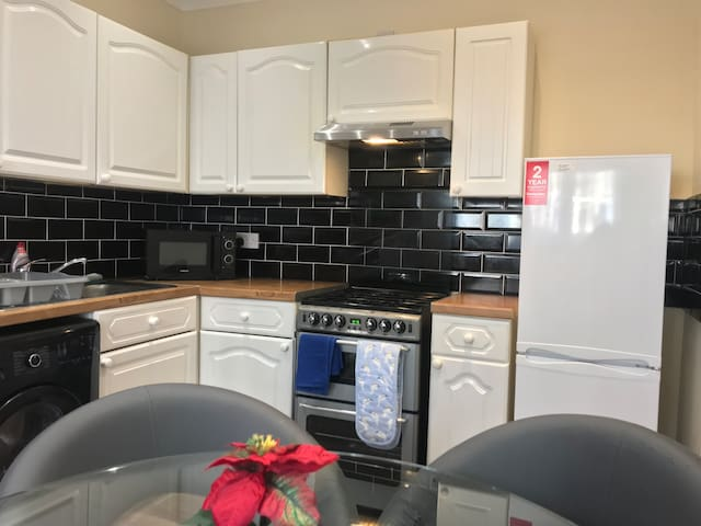 Murrayfield Main Door Apartment great for the city