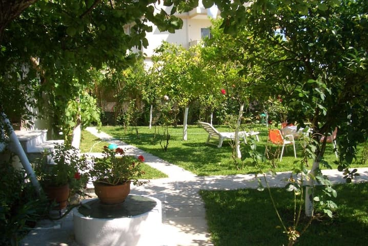 Studio for 3, next to sea - Lefkada
