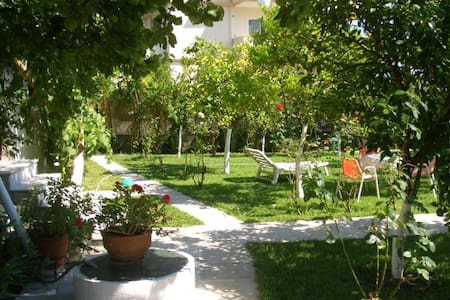 Studio for 3, next to sea - Lefkada - Departamento