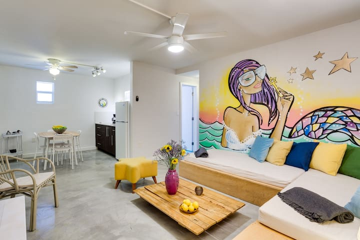Wynwood Place 4 | Artsy 2 bedroom + FREE Parking