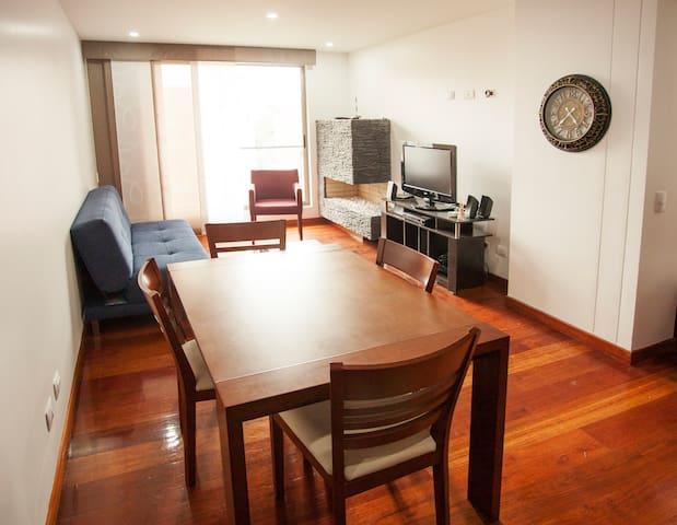 Apartamento moderno, comodo, espacioso y seguro. - Bogotá - Apartment