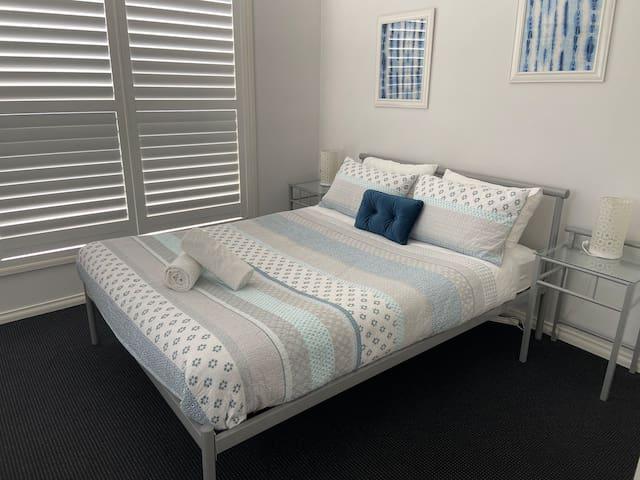 Bedroom two queen bed