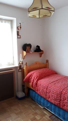 Camera singola con secondo letto estraibile