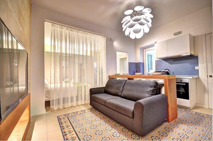 Boutique Studio apartment in Valletta (3)