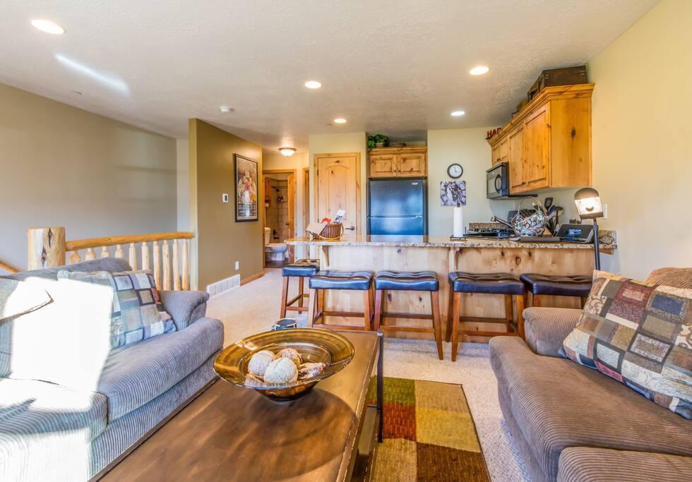Utah Lodging / MH 1311 / Main Level / Living