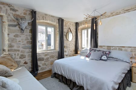 Room Silvija, Hidden House, friendly boutique B&B - Stari Grad