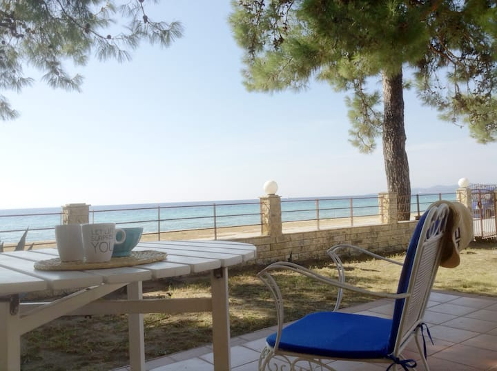 Greece by the sea. First maisonette, Nikiti (3BD)