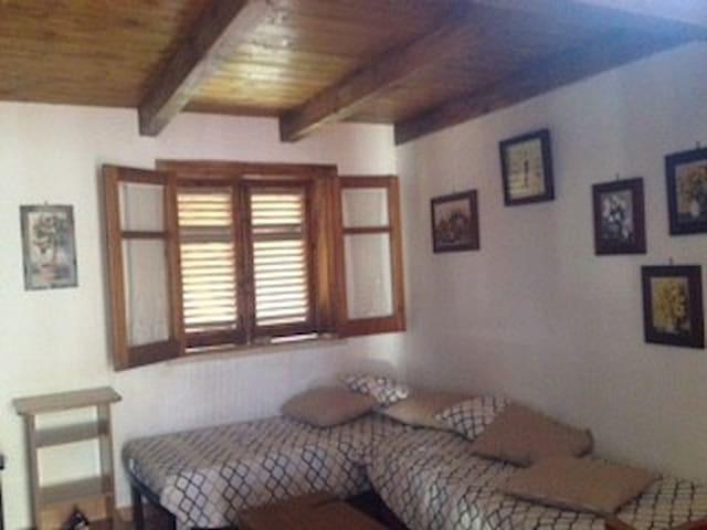 villino c/da Franca - Carini - Wohnung