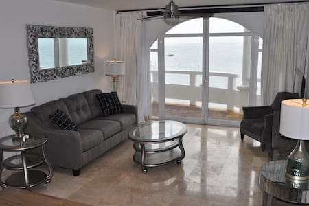 [1300+ Sqft] 3 Bed Oceanfront Penthouse - 圣佩德罗(San Pedro) - 公寓