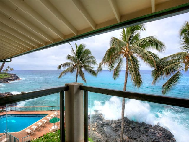 Homey Condo w/Super View! WiFi, Washer/Dryer, Full Kitchen, Lanai–Poipu Shores 402A