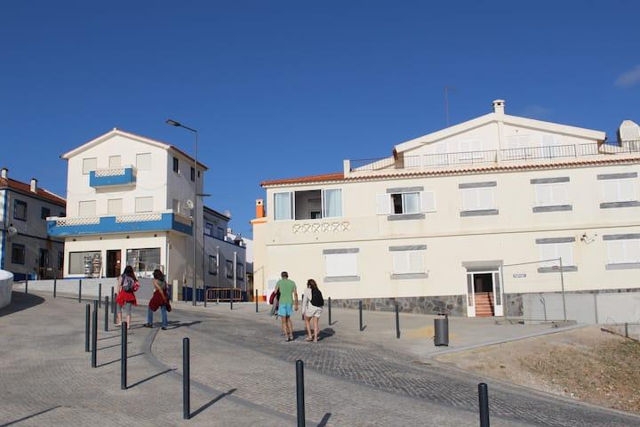 Casa Zambujeira do Mar- Prédio Sto Estevão