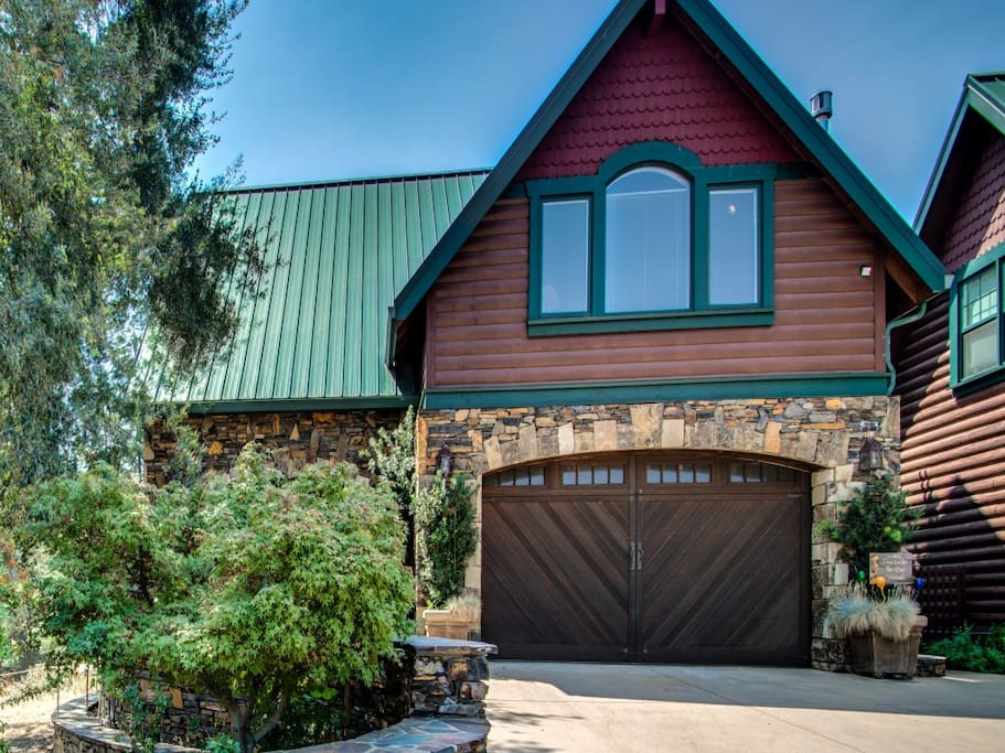 The log apartments for rent in angels camp california for Log garages with apartments