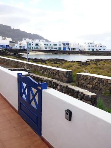 El Lajial, ocean views in the north of Lanzarote - Orzola - Casa