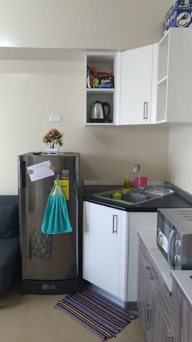 The fully functional kitchenette where you can prepare meals. Drinks and snacks are also available at cheap prices.
