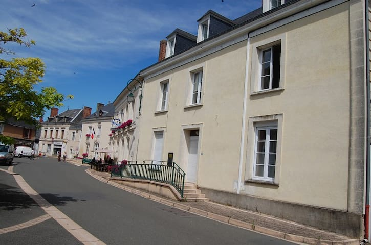 Sarthe, attic. Chahaignes, close Le Mans and Tours - Chahaignes - Leilighet