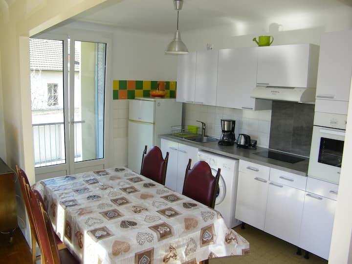 appartement 56m2 calme  bien situé à aix-les-bains