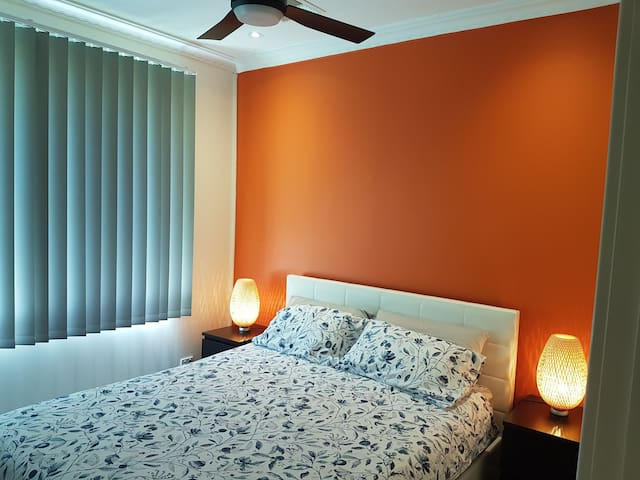 Private room - Orange
